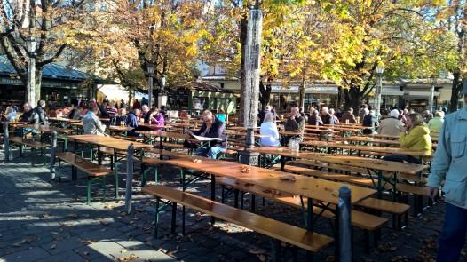 Bier Garten próximo a MarienPlatz