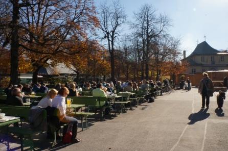 Bier Garten no Parque Englischer