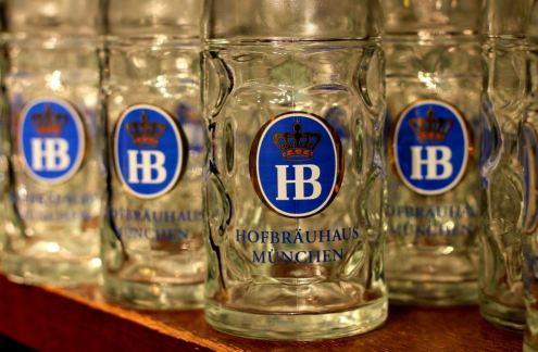 Famoso copos da HB